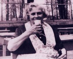 Original Owner - Mrs. Vondrasek - Vondrasek's Grove Prior to Redamaks